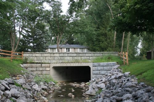 CULVERT END TREATMENT OPTIONS: Wing Walls, Sloped End Sec