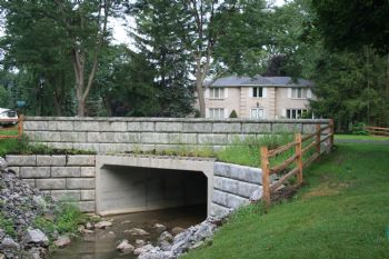 Box Culvert with Redi-Rock Wing Wall System - Kistner